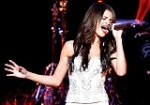 Selena Performance