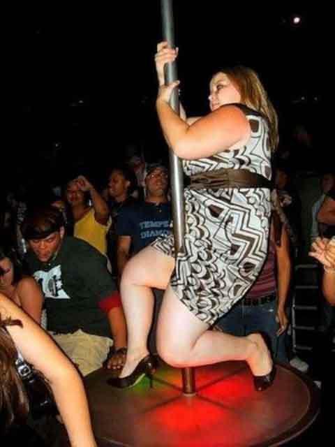 Poor fat girl pole dance