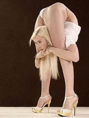 most flexible woman