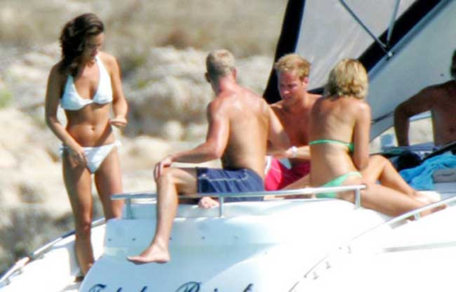 Amazing Pippa Middleton white bikini