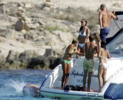 royal babe Pippa bikini